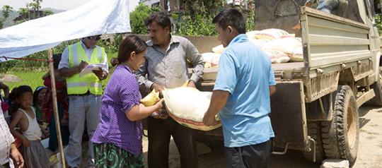 नेपालचर्च मिनिष्ट्रिजबाट राहत वितरण